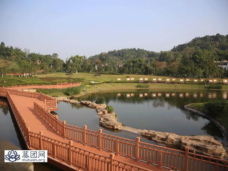 福果山生命纪念园-祈祷桥